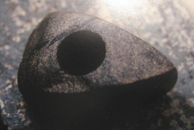 Fund einer Steinaxt aus der Jungsteinzeit